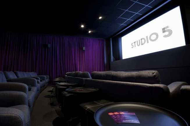 genesis cinema stud 5
